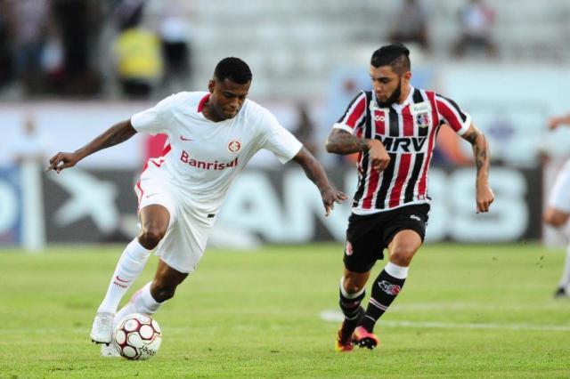 Marcelo Cirino é titular por decreto no time do Inter Ricardo Duarte/Inter,Divulgação