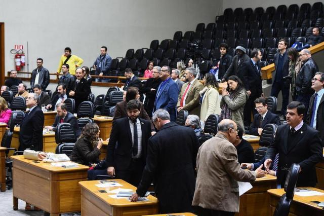 Câmara de Porto Alegre aprova autorização para Executivo contrair empréstimos para obras da Copa Ederson Nunes/CMPA/Divulgação