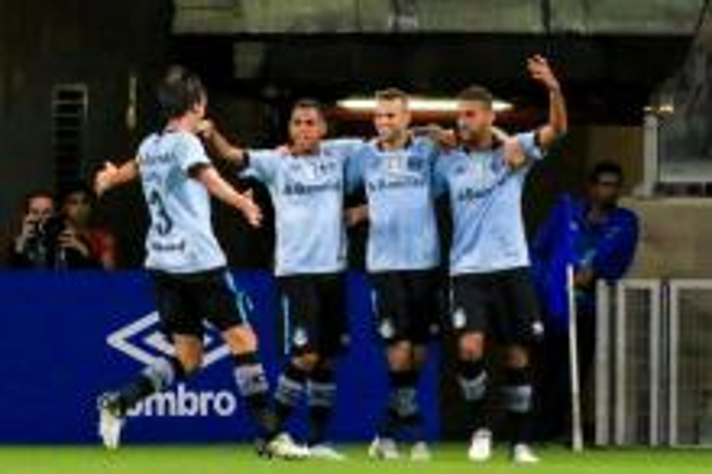 Jogar com desfalques não tem sido problema para o Grêmio Dudu Macedo/Fotoarena/Lancepress