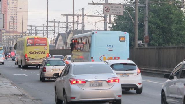 Trânsito é lento no acesso a Porto Alegre nesta sexta-feira Felipe Daroit / Agência RBS/Agência RBS