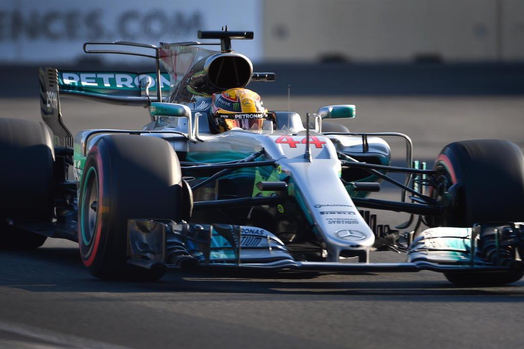 Lauda nega acordo entre McLaren e Mercedes para 2018