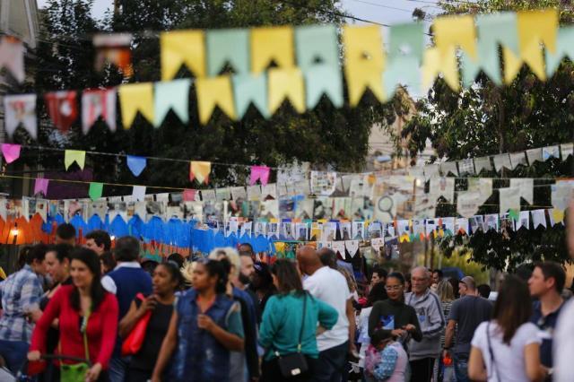 Festas juninas reúnem milhares de pessoas em Porto Alegre Isadora Neumann/Agência RBS