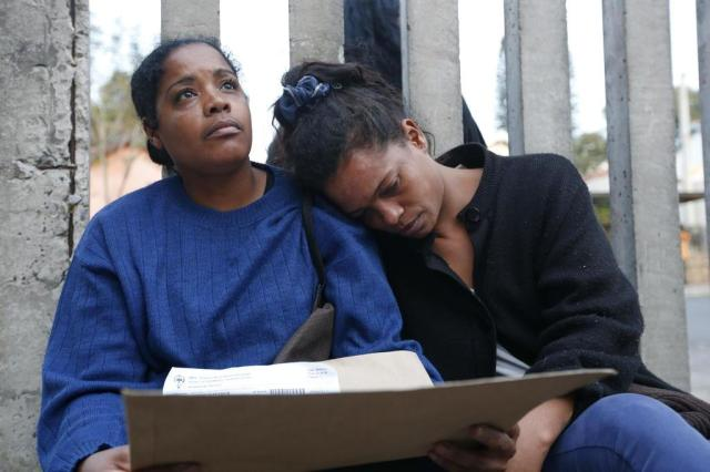 Mulher socorre desconhecida após desmaio e aguarda com ela por atendimento por mais de oito horas André Ávila/Agencia RBS