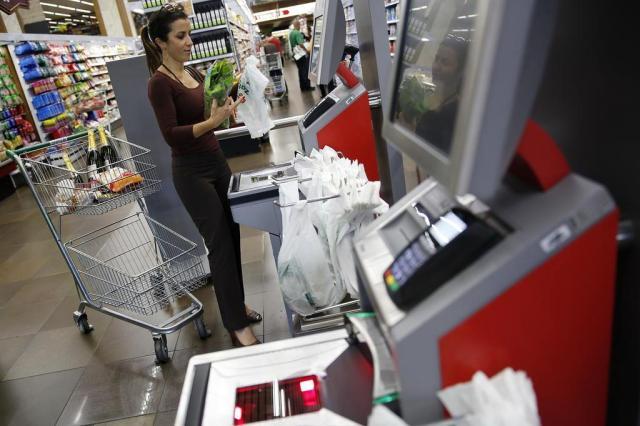 Empresas de Porto Alegre apostam em totens de autoatendimento para compras Mateus Bruxel/Agencia RBS