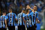 Grêmio goleia o Atlético-PR por 4 a 0 na Arena