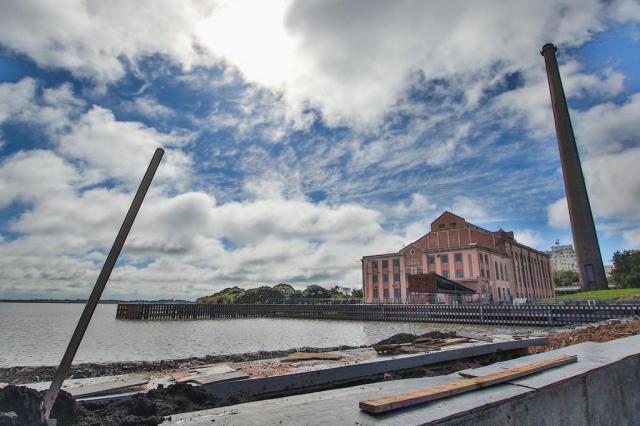 Revitalização do primeiro trecho da orla do Guaíba, em Porto Alegre, atinge 80% Joel Vargas/PMPA