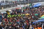 Público lota visitação aos boxes antes da Corrida do Milhão Bruno Alencastro / Agência RBS/Agência RBS