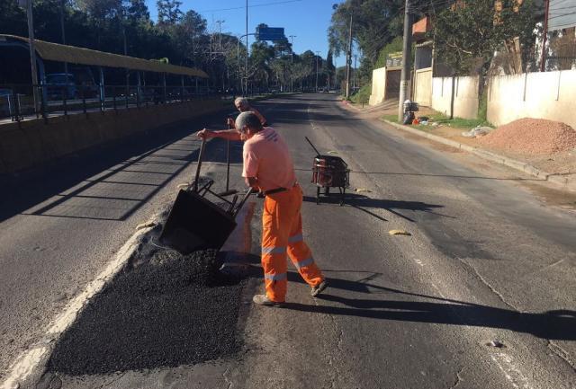Veja quais ruas terão tapa-buracos em Porto Alegre nesta semana Felipe Daroit / Agência RBS/Agência RBS