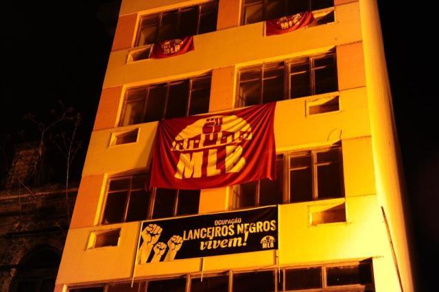 Proprietária de prédio invadido no centro de Porto Alegre entra com pedido de reintegração de posse Ronaldo Bernardi/Agência RBS