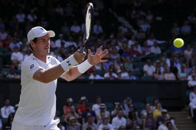 Murray e Nadal passeiam em Wimbledon; Thiago e Bia eliminados Adrian DENNIS/AFP