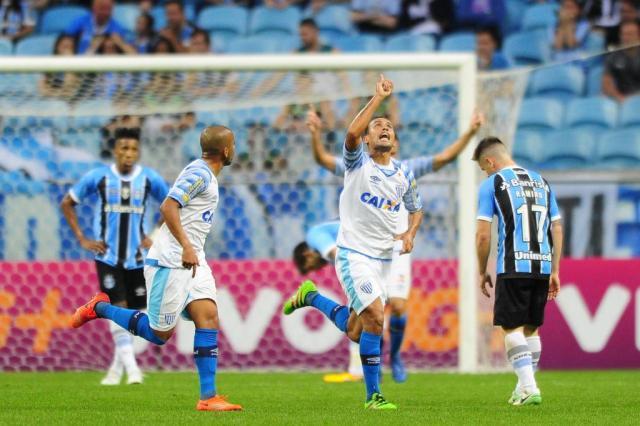 Grêmio perde para o Avaí na Arena e se distancia da liderança do Brasileirão Félix Zucco/Agencia RBS