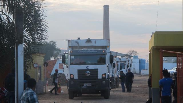 Após paralisação, coleta de lixo domiciliar é retomada em Porto Alegre Felipe Daroit/Rádio Gaúcha