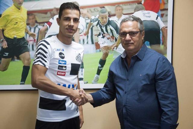 Nilmar tem estreia adiada no Santos Santos FC / Divulgação/Divulgação