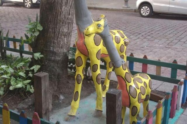 Girafinhas da Rua da República padecem com vandalismo: foram mais de 20 ataques em seis anos Robson Bubols/Divulgação/Escola Infantil Girafinha Travessa