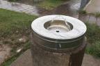 Desperdício no Partenon: água corre sem parar em bebedouro de praça Marina Pagno/Agência RBS