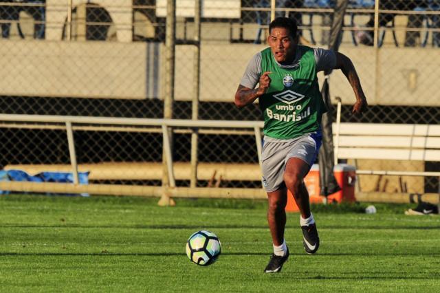 Arroyo e Paulo Victor entram no BID e ficam à disposição no Grêmio Lauro Alves / Agência RBS/Agência RBS