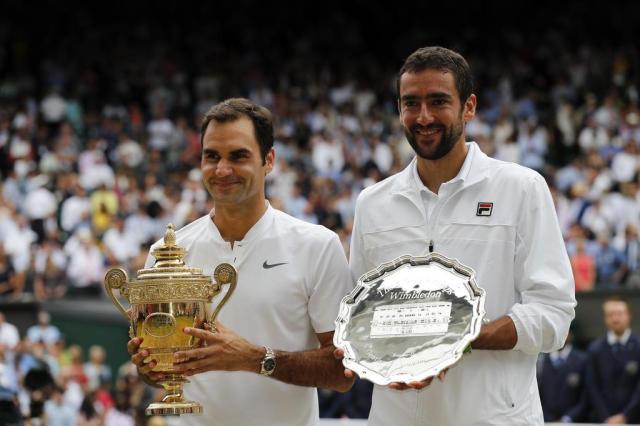 André Silva: Roger Federer é como Pelé. Único Adrian DENNIS/AFP