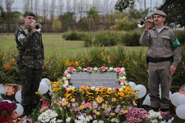 Porto Alegre recebe ato em homenagem a vítimas da tragédia do voo da TAM André Ávila/Agencia RBS