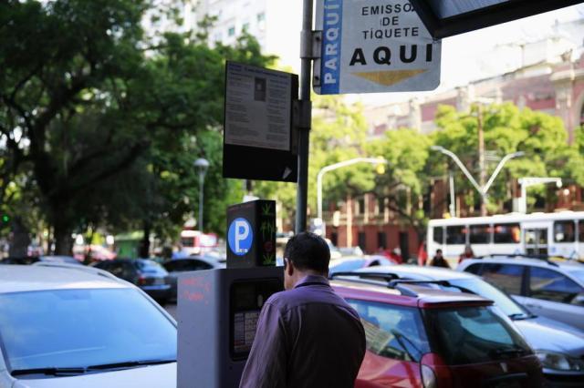 Por que os parquímetros de Porto Alegre não aceitam cartão? Anderson Fetter/Agencia RBS