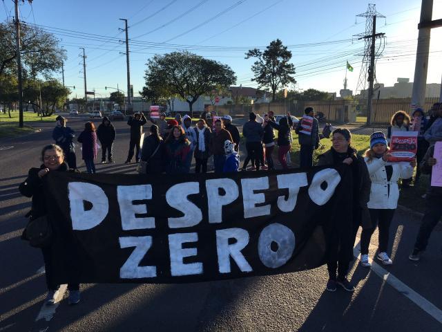 Após 3 horas, grupo que protestava na Assis Brasil libera o trânsito Felipe Daroit/Rádio Gaúcha