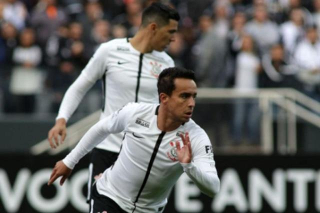 Jadson tem fraturas na costela e fica fora do Corinthians por ao menos um mês Luis Moura/WPP