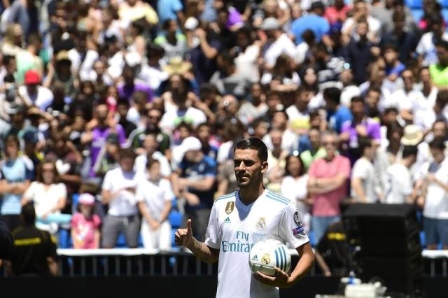 "Real Madrid apresenta jovem Dani Ceballos: ""Sonho estar aqui"" PIERRE-PHILIPPE MARCOU/AFP"