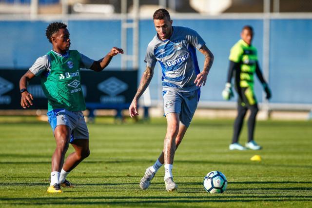Luan e Michel estão à disposição de Renato para jogo contra o São Paulo, mas Geromel é dúvida Lucas Uebel / Grêmio, Divulgação/Grêmio, Divulgação
