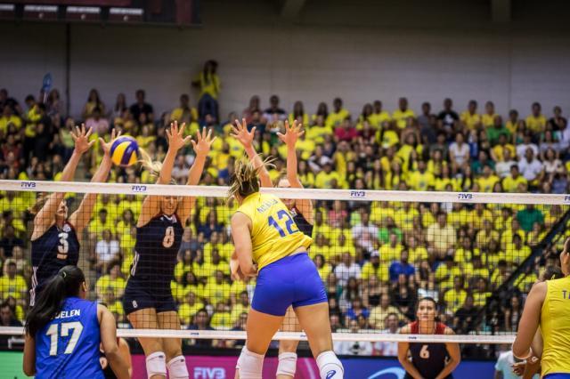 Seleção feminina de vôlei vence os EUA e avança à fase final do Grand Prix Confederação Brasileira de Vôlei / Confederação Brasileira de Vôlei/Confederação Brasileira de Vôlei