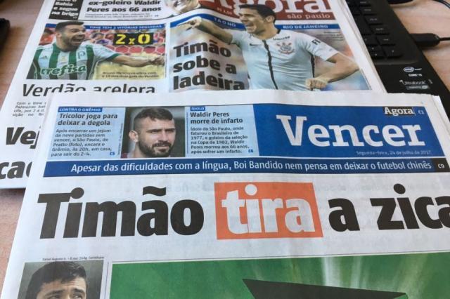 """Jornais paulistas exaltam Corinthians e """"ignoram"""" jogo entre São Paulo e Grêmio Reprodução/"""