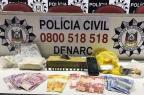 Homem e adolescente são flagrados em depósito de drogas próximo a escola, em Sapucaia do Sul Divulgação/Polícia Civil