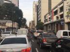 Saída de Porto Alegre tem trânsito lento na Avenida da Legalidade Marina Pagno / Agência RBS/Agência RBS