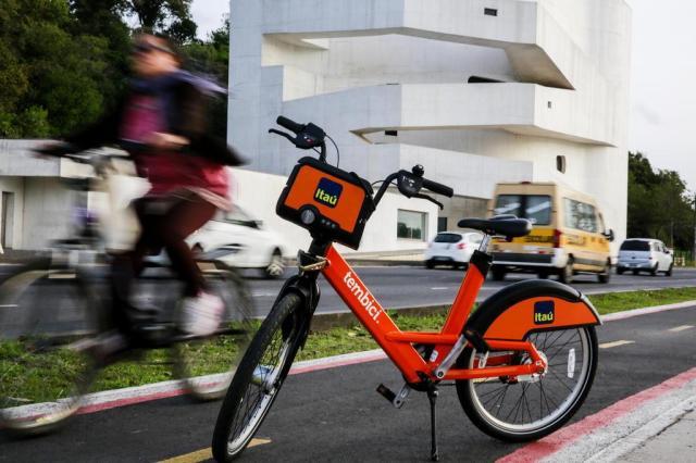 BikePoa substituirá as 400 bicicletas e 41 estações até o final do ano Anderson Fetter/Agencia RBS