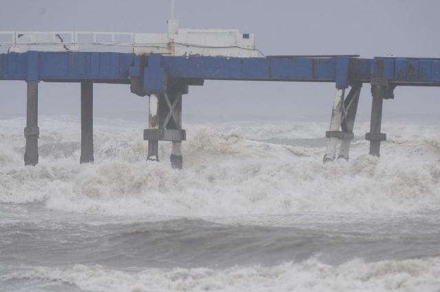 Ressaca atinge litoral gaúcho e vento ultrapassa 80 km/h Ronaldo Bernardi/Agência RBS