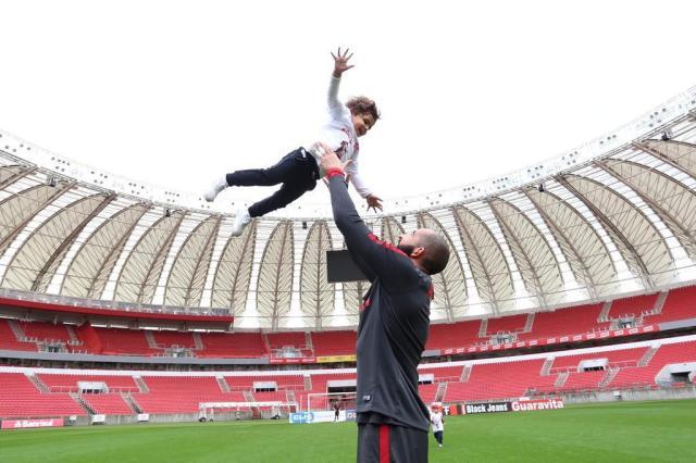 Jogadores do Inter recebem visita dos filhos no Beira-Rio Ricardo Duarte/Inter,Divulgação