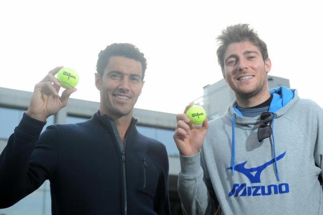 Marcelo Demoliner e André Sá dão aula em clínica de tênis de duplas neste sábado em Caxias do Sul Felipe Nyland/Agencia RBS