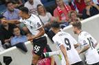 Liverpool vence Hoffenheim e fica perto da fase de grupos da Liga dos Campeões Daniel Roland/AFP