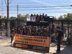 Em Porto Alegre, servidores da segurança protestam contra corte de gastos do governo Temer Vanessa Kannenberg / Agência RBS/Agência RBS