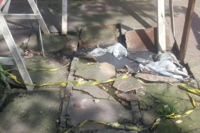 Vazamento de esgoto ao lado de escola infantil no bairro Sarandi é motivo de reclamação Talita Nazari/Arquivo pessoal