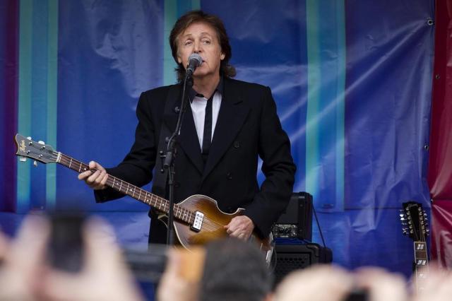 A um mês do show de Paul McCartney em Porto Alegre, veja dicas de álbuns e shows marcantes do beatle para se preparar Justin Talles/AFP