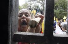 Protesto além do aceitável em frente ao Piratini Nabor Gourlart / Divulgação/