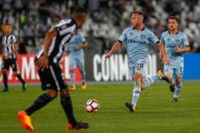 Tite só não convoca o gremista Arthur se estiver com a cabeça na Europa Lucas Uebel / Grêmio/Grêmio