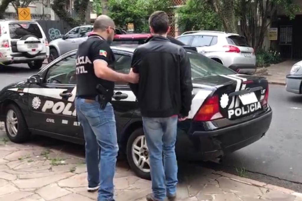 Solto sob fiança, estudante de Medicina suspeito de pedofilia é novamente preso em Porto Alegre