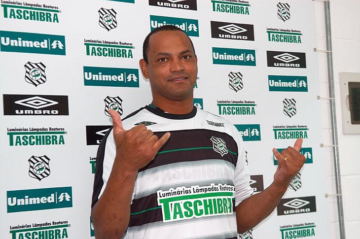 Resultado de imagem para TUTA Figueirense