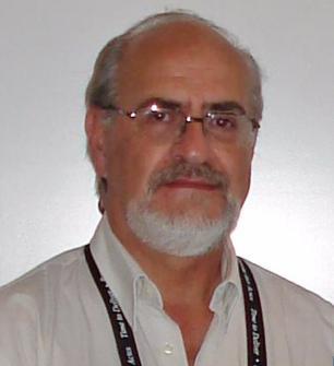 Médico Edmundo Cardoso tira dúvidas dos leitores sobre HIV Arquivo Pessoal/