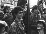 Você conhece alguém dessas fotos do movimento das Diretas Já, de 1984? Zero Hora está tentando localizar pessoas que participaram das Diretas Já em Porto Alegre, para uma reportagem. Se você tem informações de alguém que identificou nessas fotos mande sua mensagem