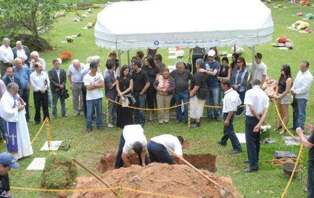 fotos cemiterio jardim da paz: Cemitério Parque Jardim da Paz, em Florianópolis Foto:Glaicon Covre
