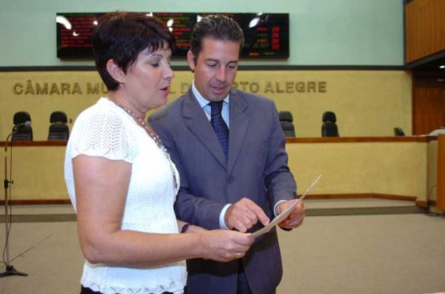 Oposição questiona pressa da prefeitura em aprovar projeto do Pontal do Estaleiro Adriana Franciosi, Banco de Dados - 12/02/2009/
