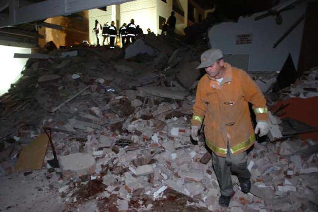 Desabamento em Capão da Canoa: prefeitura diz que vai aumentar a fiscalização em obras  /