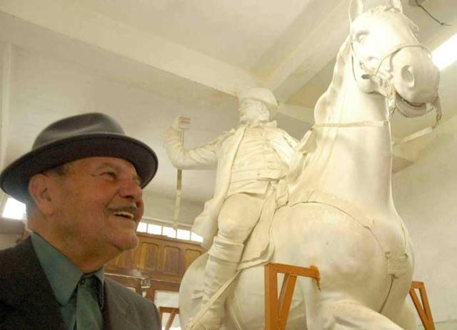 Aos 84 anos, morre o escultor Érico Gobbi  Eduardo Beleske, Especial, Banco de Dados - 13/9/2007     /