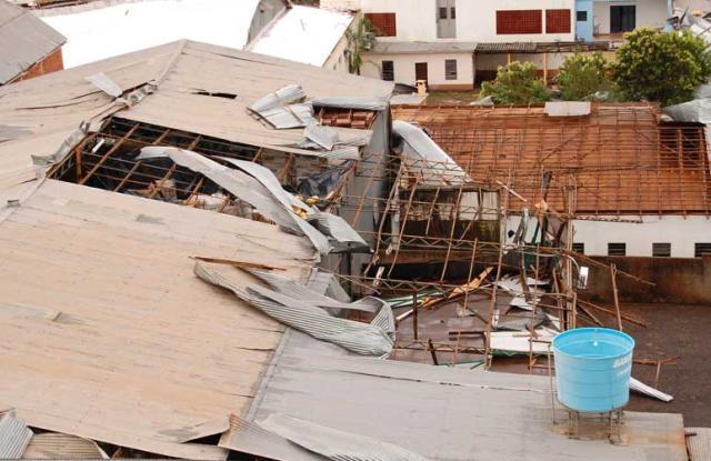 Temporal destelha 90% das casas da área urbana de Santo Cristo, segundo BM  Tiago Vianna/Especial /